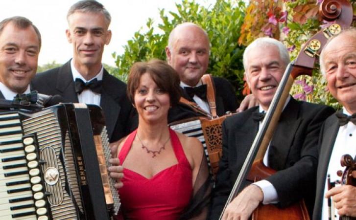Nicol MacLaren and the Glencraig Scottish Dance Band + Ali Hutton & Ross Ainslie